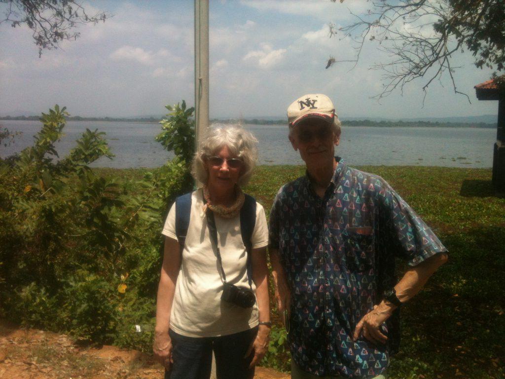 Begeisterte Urlauber auf Tour mit Prebu